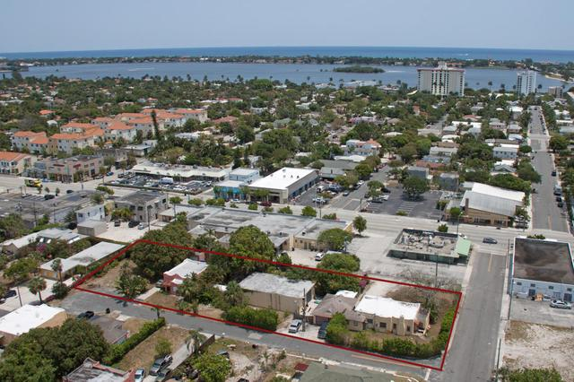 403 Conniston Rd, West Palm Beach, FL 33405