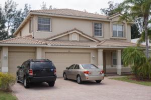 200 Bella Vista Way, West Palm Beach, FL