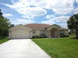 5968 NW Favian Nw Ave, Port Saint Lucie, FL