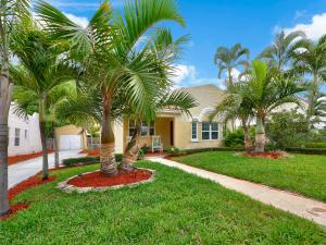531 Avon Rd, West Palm Beach FL 33401