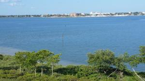 32 Harbour Isle Dr #PH04 Fort Pierce, FL 34949