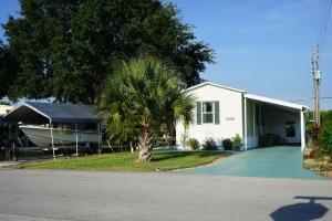 7698 SE Swan Ave Hobe Sound, FL 33455