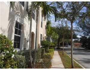 725 N St, West Palm Beach FL 33401