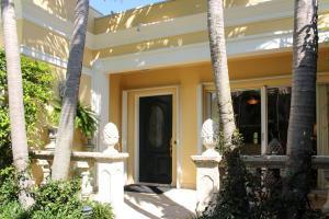 225 Everglade Ave #2, Palm Beach, FL 33480