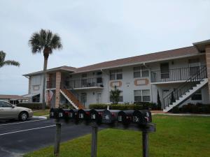 534 S Lakes End Dr #APT B-2, Fort Pierce FL 34982