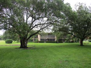 9460 Meadowood Dr #APT 103, Fort Pierce FL 34951