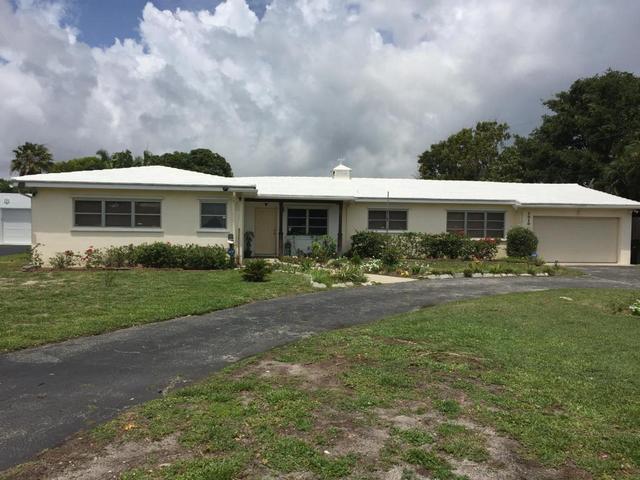 1010 N Swinton Ave, Delray Beach, FL 33444