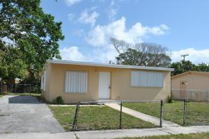 1361 11th St, West Palm Beach FL 33401