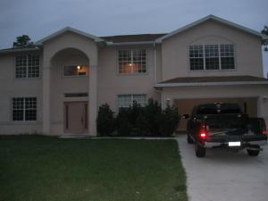 613 Glenn Ave, Lehigh Acres, FL