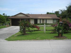 9121 SE Duncan St Hobe Sound, FL 33455