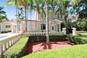 228 9th St, West Palm Beach FL 33401