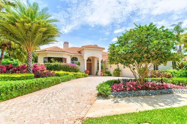 38 Saint James Dr, Palm Beach Gardens, FL 33418