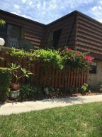 1302 Nebraska Ave #APT 2D, Fort Pierce FL 34950