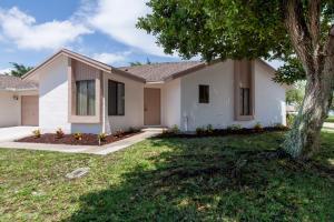 9661 Sunny Isles Cir, Boca Raton, FL