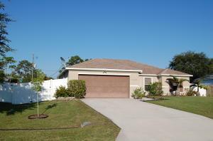 1549 SW Hibiscus St, Port Saint Lucie, FL