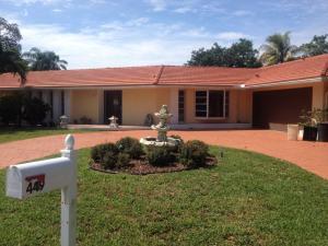 449 N Country Club Dr, Lake Worth FL 33462