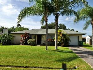968 SE Browning Ave, Port Saint Lucie, FL
