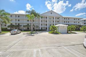 2721 Village Blvd #APT 102, West Palm Beach, FL