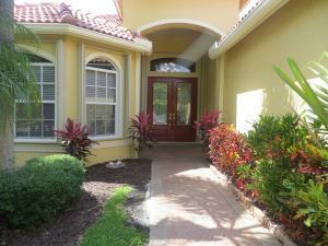 7607 Greenbrier Cir, Port Saint Lucie, FL