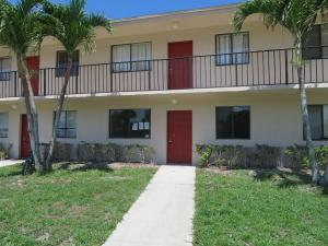 100 Nottingham Cir #APT C, Lake Worth, FL