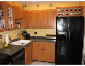 441 NW 103rd Terrace, Pembroke Pines, FL 33026