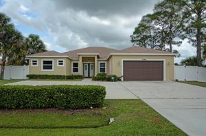 3746 SW Savona, Port Saint Lucie, FL