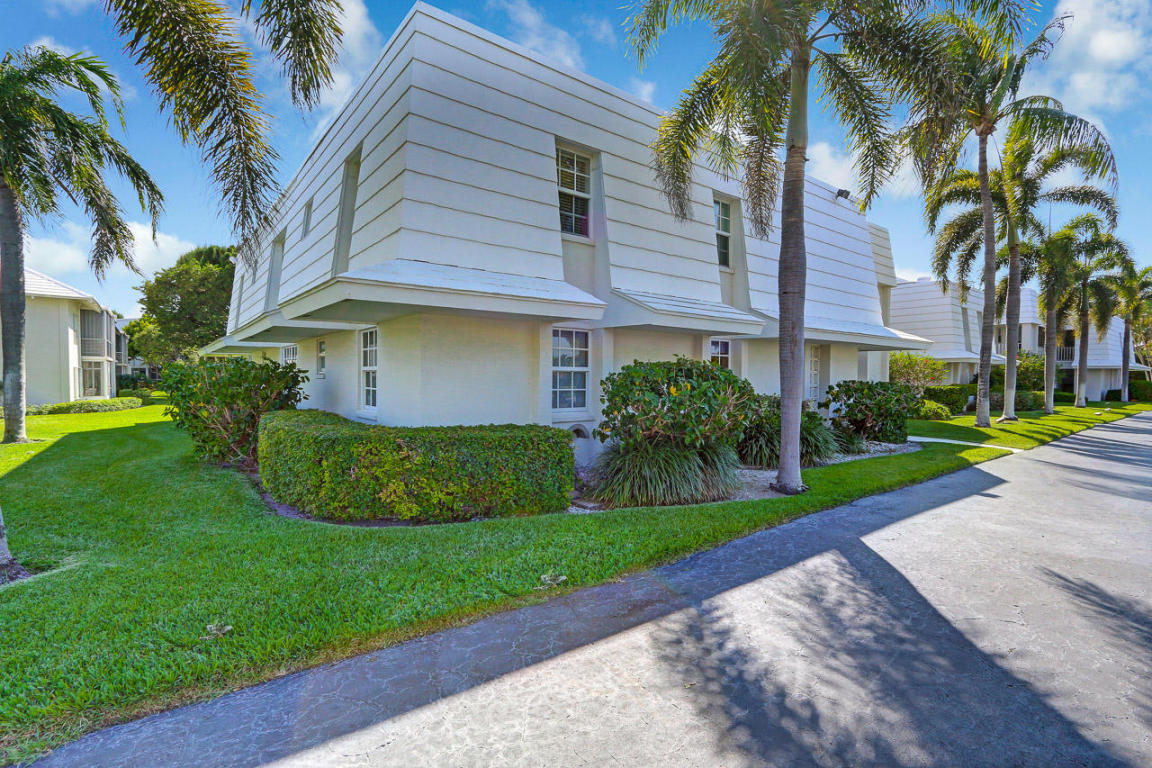 1205 Sandy Lane #244, Singer Island, FL 33404
