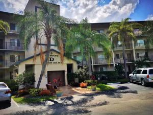 SW th Ave D, Pembroke Pines FL