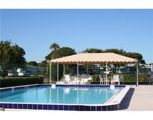 7302 E Oakridge Cir #A, Lake Worth, FL 33462
