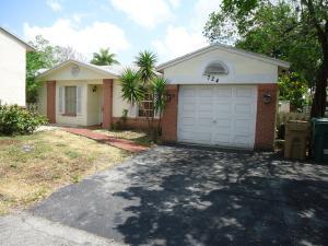 724 Cumberland Fort Lauderdale, FL 33325