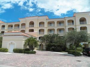 25 Harbour Isle Dr #305 Fort Pierce, FL 34949