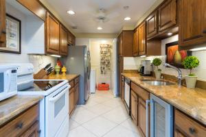 859 Jeffery Street #103, Boca Raton, FL 33487