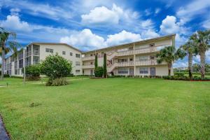183 Preston #E, Boca Raton, FL 33434