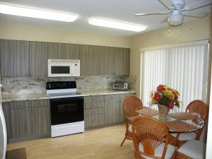 11135 Green Lake Dr #203, Boynton Beach, FL 33437