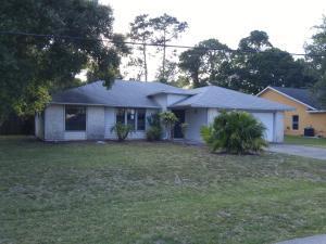 5107 Paleo Pines Cir Fort Pierce, FL 34951