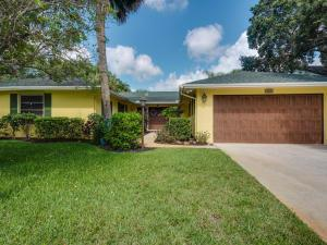 2641 Pepperwood Cir, Palm Beach Gardens, FL 33410