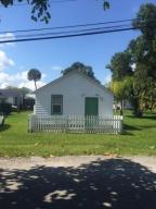 4909 Elm Av Ave Fort Pierce, FL 34950