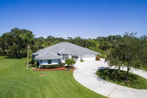 3690 S 25 St Fort Pierce, FL 34981