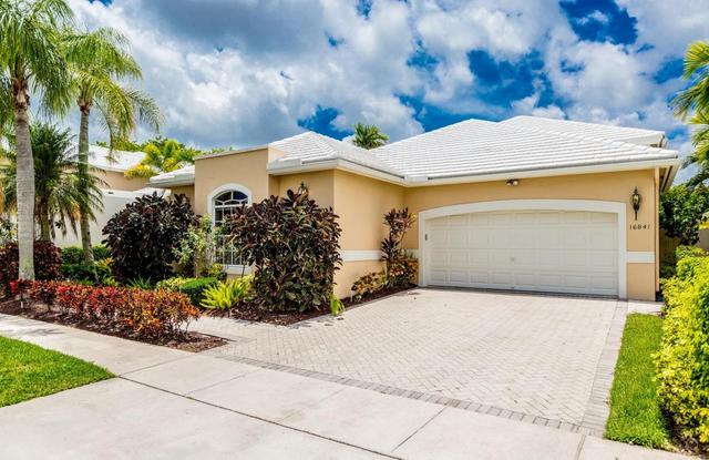16841 Colchester Ct, Delray Beach, FL 33484