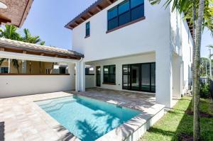 5013 Grandiflora Road, Palm Beach Gardens, FL 33418
