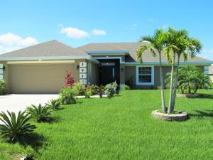 5853 NW Ethel Ct, Port Saint Lucie, FL 34986