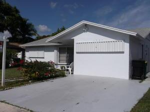 1225 N L St Lake Worth, FL 33460