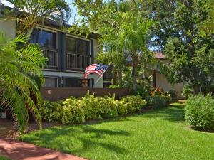 3221 S Lakeview Cir #18204 Fort Pierce, FL 34949