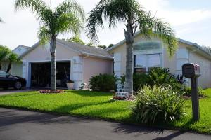 6701 Alemendra Fort Pierce, FL 34951