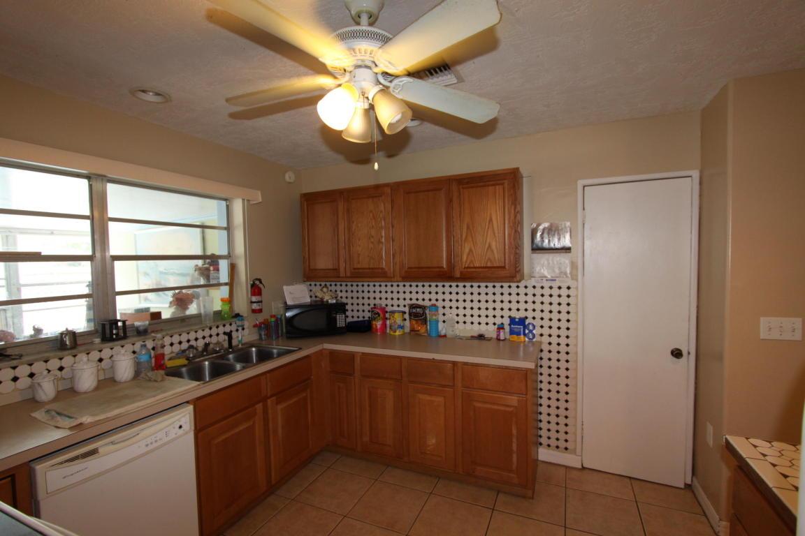 179 NE Jardain Road, Port Saint Lucie, FL 34983