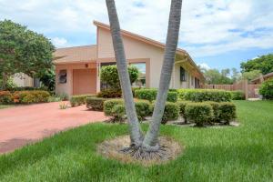 8153 Springtree Road, Boca Raton, FL 33496