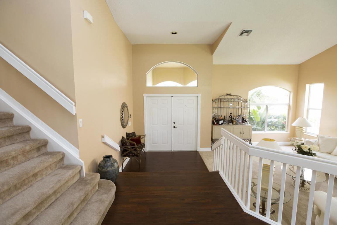 10581 Street Thomas Drive, Boca Raton, FL 33498