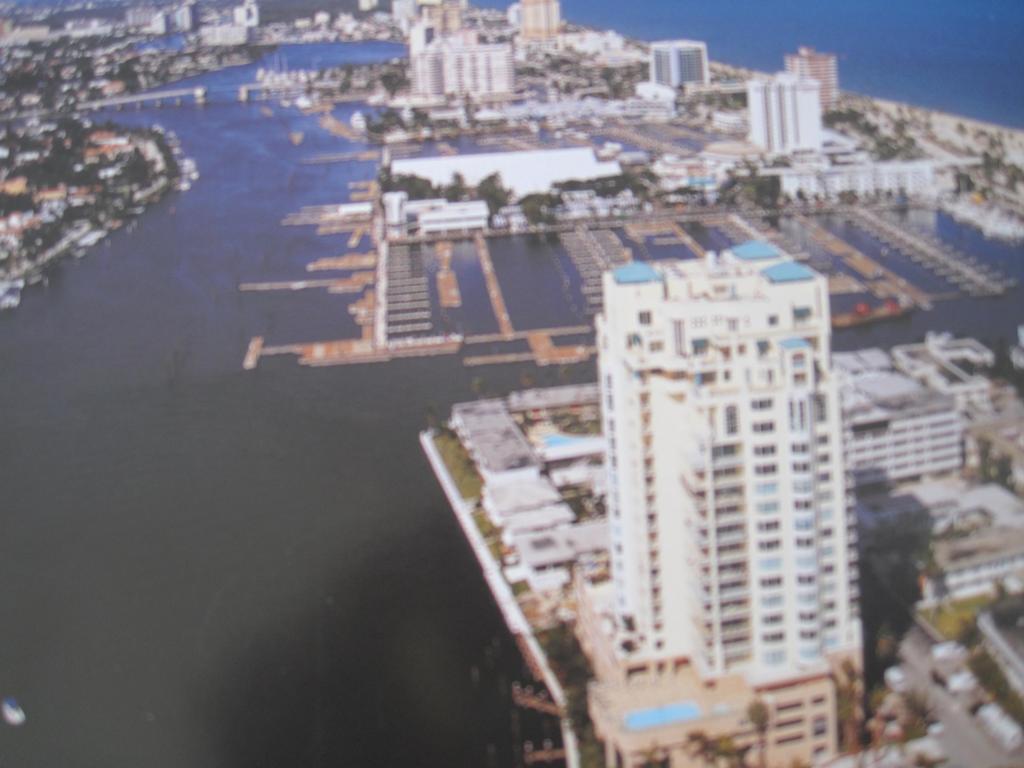 3055 Harbor Dr #702, Fort Lauderdale, FL 33316