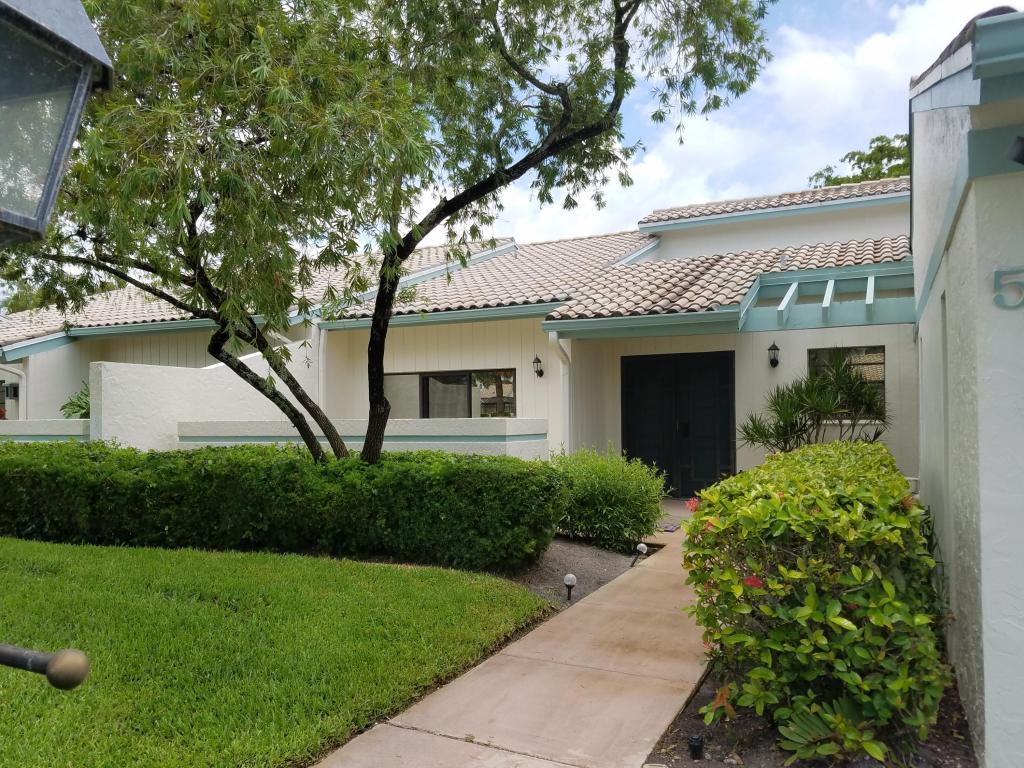 5 Cambridge Drive, Boynton Beach, FL 33436
