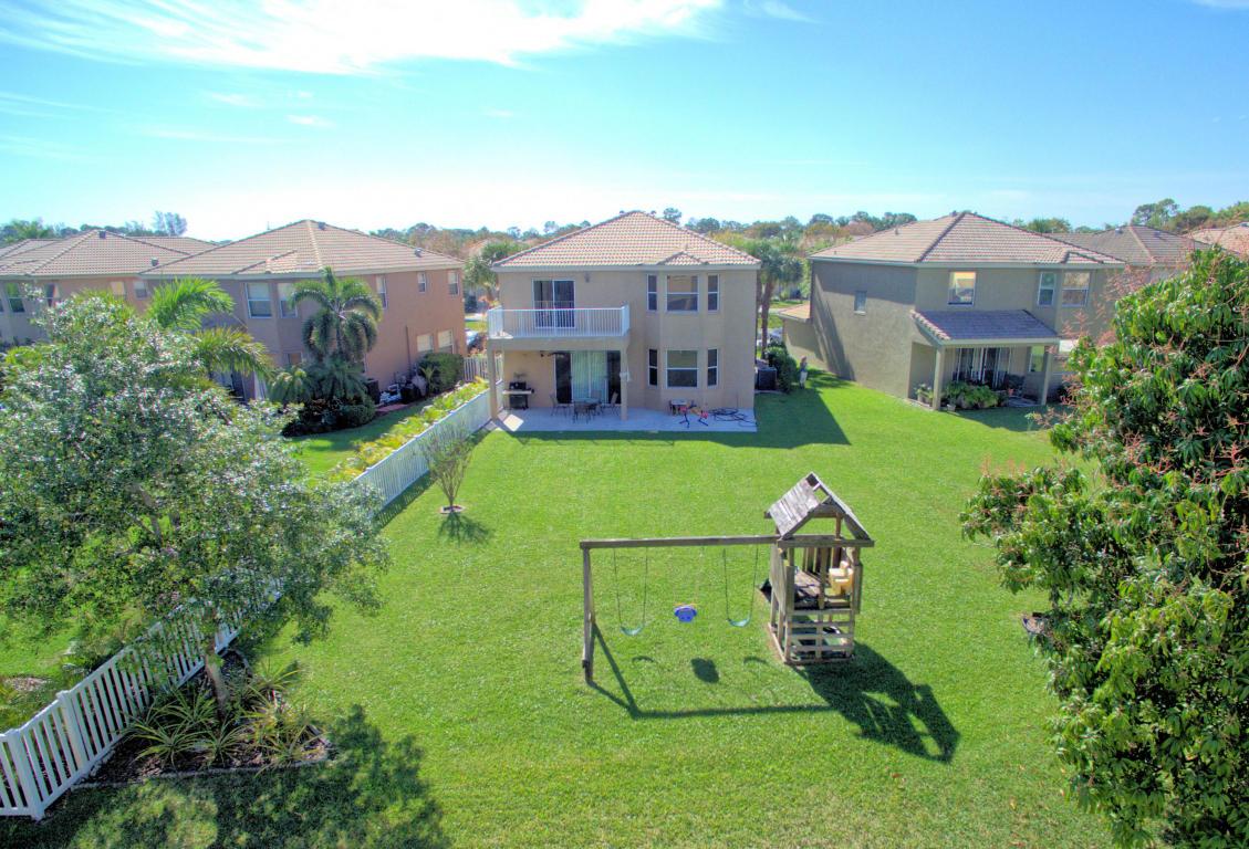1239 Oakwater Drive, Royal Palm Beach, FL 33411